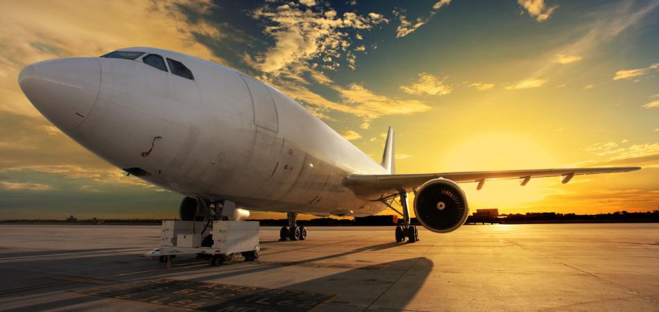 航空産業にも当社の予約・顧客管理ソリューションが活用されています。